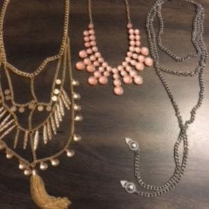 (3) Fashion Necklaces